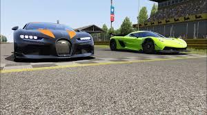 Bugatti chiron super sport 300+ vs koenigsegg jesko. Koenigsegg Jesko Vs Bugatti Chiron Super Sport 300 At Monza Full Course Bugatti Chiron Koenigsegg Super Sport