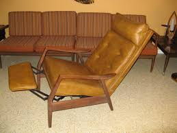 mid century recliner. Mid Century Modern Recliner...Very Comfortable...Possible Milo Baughman Chair. Recliner U