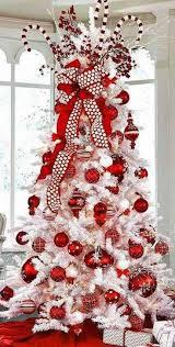 Marvelous White Christmas Tree Decoration Ideas14