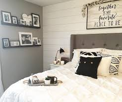 the 25 best modern farmhouse bedroom ideas