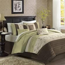 com madison park serene 7 piece comforter set queen green home kitchen