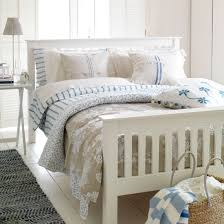New England Style Blue And White  Bedroom Decorating Ideas New England Bedroom Ideas