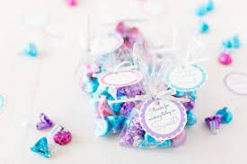 Check out our love makes good things grow baby shower theme and our 5 adorable baby shower food create and share by tagging @hallmarkstores. Free Printable Baby Shower Favor Tags In 20 Colors Play Party Plan