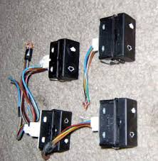 strictlyeta net technical interior e36 window switch switches the green base are also for one touch windows and i do not know if these will work so it s best to stick the white or blue