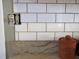 white subway tile backsplash what color grout