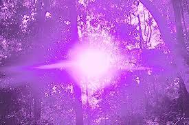 Resultado de imagen de Luz al Planeta violeta azul paz