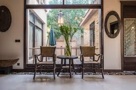 office backdrops. Rizwansadiqarchitects Our Affair With Architecture Arts And Design The Large Window Frames Patio Outside Brings In Office Backdrops