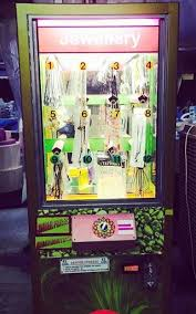 Jewelry Vending Machine New A Jewelry Vending Machinenot The Best Place To Pick Up The