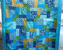 Dragonfly quilt | Etsy & Dragonfly Quilt Adamdwight.com