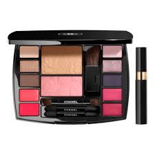 travel makeup palette