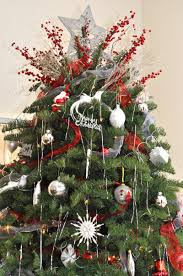 Most Seen Ideas in the Enchanting Classic Christmas Tree Decorating Ideas  for your homes
