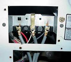 hooking up a ge cafe electric 220 range i have a 3 slot 220 wiring a 220 oven with no plug Wiring 220 Oven Plug i see you are having a problem with your range the connection for a three wire installation should look like this