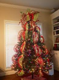 Christmas Tree Decorating with Mesh | christmas tree with mesh ribbon     .