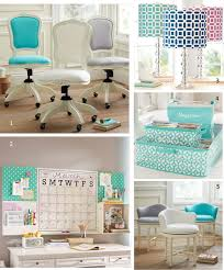 cute office decor. If You\u0027re Like MG And Can Distinguish A Damask From Lattice Pattern, You Will Totes Love These Preppy Chic Home Office Accessories. Cute Decor