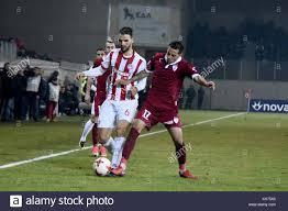 7 gennaio 2018 - Larissa, Grecia - Olympiacos FC Centrocampista Panagiotis  Tachtsidis (sinistra) in azione durante un greco superleague match tra AEL  FC e Olympiacos FC. Superleague greca partita di calcio presso