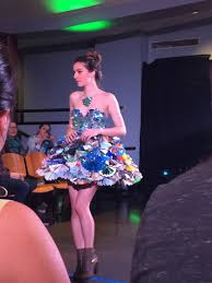 the trashion show mit admissions representing the transition from paper to paperless half of the dress is constructed from recycled magazine pages from the mit technology review