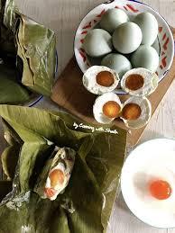 Resep botok telur asin bisa jadi pilihan untuk menu utama makan malam nanti. Resep Botok Telur Asin Santan Resep Botok Tahu Tempe Udang Resep Cara Membuat Botok Kukus Di Api Sedang 15 Menit Saja Angelacarmo