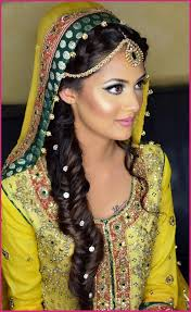 best mehndi makeup tips for bridals at home