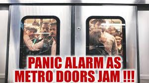 Kolkata Metro: Doors of Non-AC Coach fail to open, people panic ...