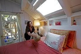 Charming Hope Arnold Prepares Her Bedroom In Her Home In The Silver Lake  Neighborhood Of Los Angeles