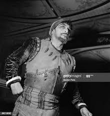 Farewells of Albert Lambert , member of the Comedie-Francaise. Paris,...  News Photo - Getty Images