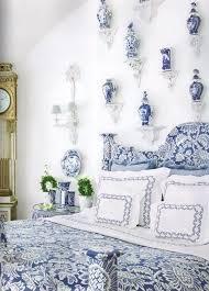 Blue and White Chinese Porcelain Vases & Ginger Jars