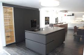 Kücheninsel Schwarz Design Alles Bild für Ihr Haus Design Ideen