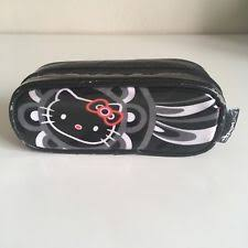 mac cosmetics x o kitty mini makeup pouch black