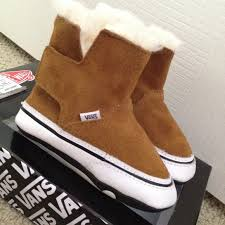 vans with fur. baby vans slip-on boots with fur
