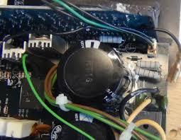 kef psw2010. psw2010 with heat damage kef psw2010