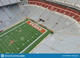 Vues A?riennes De Darrell K Royal-Texas Memorial Stadium Sur Le Campus De  L'Universit? Du Texas Photo stock éditorial - Image du universit, darrell:  147874463