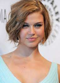 simple short wavy hairstyle simple short hairstyles this is definitely a really simple haircut that is