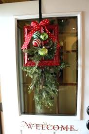 Christmas office door decorating 12 Days Christmas Christmas Door Designs Want Your Door Decor To Draw Special Attention Make It Unique By Using Christmas Door Photopageinfo Christmas Door Designs Door Decorating Ideas Christmas Wreath Door