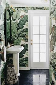 88 Amazing Tropical Bathroom Decoration Ideas