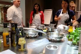 Un Cours De Cuisine à Lécole Ferrandi Autour Des Produits Maille à