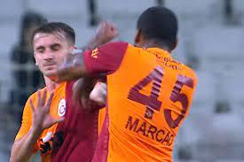 شجار بين لاعبي غلطة سراي التركي (فيديو)