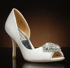badgley mischka pearson satin embellished pump white 7 5