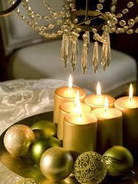 christmas-table-centerpiece-gold-pillar-candles-green-tree-