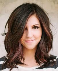layered um wavy hairstyles