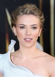 dolce and gabbana makeup caign features scarlett johansson