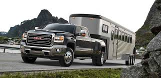 2018 gmc lifted. wonderful 2018 exterior image of the 2018 gmc sierra 3500hd heavyduty pickup truck towing  a livestock in gmc lifted