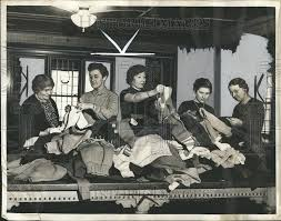 1936 Press Photo News Sweater Knitting Contest | Historic Images