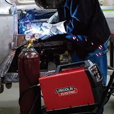 shipping lincoln electric easy mig 180 flux core mig welder built to go the long haul