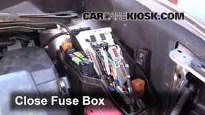 replace a fuse 2009 2014 nissan murano 2012 nissan murano sl 6 replace cover secure the cover and test component