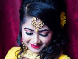best freelance enement makeup in kolkata