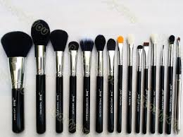 mostly powder and eyeshadow brushes this is a copy of sigma premium kit which retails for 217us