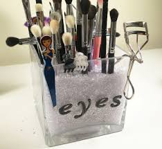 brush holder beads. as you can see, my eye makeup brush holder also holds a pair of tweezers, an eyelash curler and few hair clips on the outside edge vase. beads n