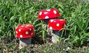 mushroom garden decoration