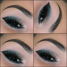 dramatic cat eye makeup look