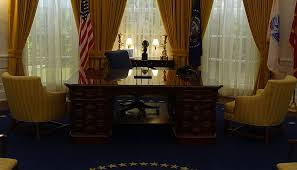 nixon oval office. File:Nixon Presidential Library \u0026 Museum (30608035520) (cropped1).jpg Nixon Oval Office F